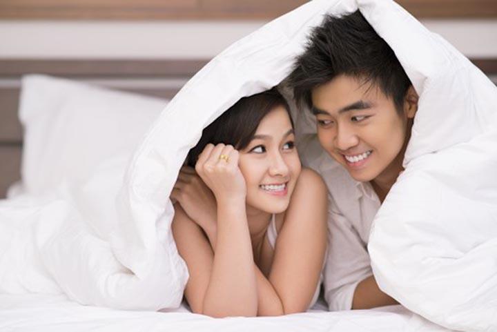 Tips Suami Istri Harmonis di Ranjang